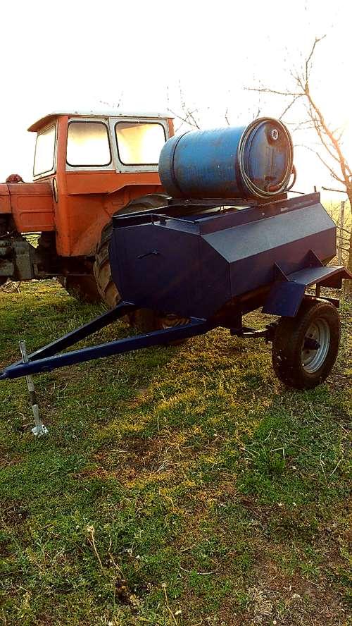 Vendo cisterna de 1000 lts con bomba y tanque de agua for Cisterna de agua precio