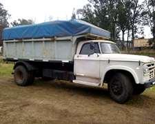 Dodge 600 Con Caja Volcadora