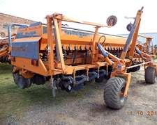 Sembradora Agrometal Mega 13-52 Usada