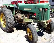 Tractor John Deere 730