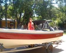 Traker Aquamarine 5.3, Motor Yamaha 70