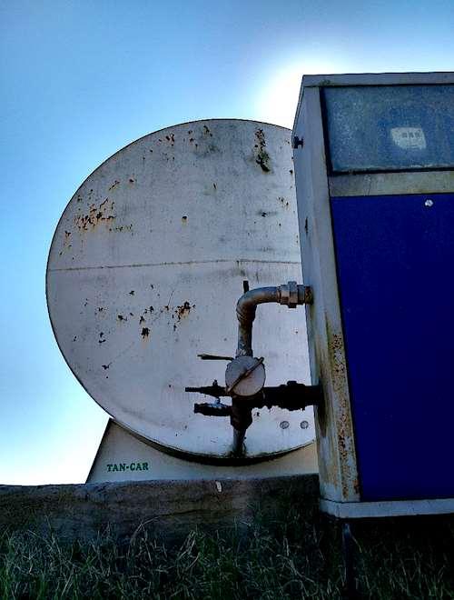 Tanque cisterna tan car de 30000 litros con surtidor agroads for Tanque cisterna