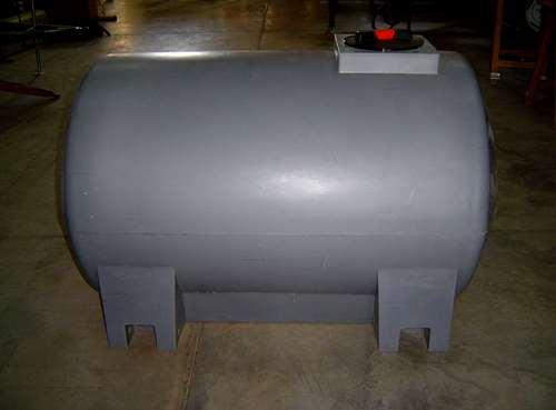 tanque horizontal de 700 litros agroads
