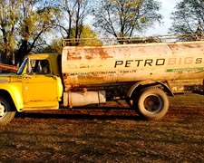 Camion Ford 600 Con Tanque