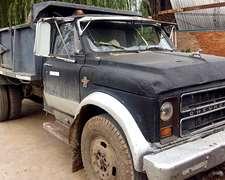 Camion Chevrolet C-60 Volcador -
