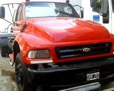 Ford 14000 Tractor Con Plato Y Guardabarros
