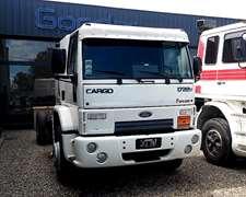 Ford Cargo 1722-43 Cabina Dormitorio
