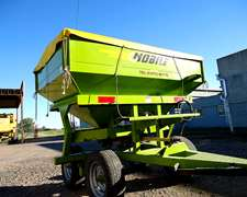 Fertilizadora , Marca Nobile Modelo 3.300. Año 2013.