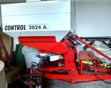 Fertilizadora Yomel Control 2024-año 2013 -excelente