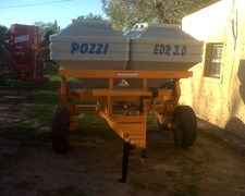 Fertilizadora A Plato 3000 Kg Pozzi Disponible