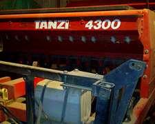 Sembradora Tanzi 4300, 24 Lineas A 19 Cm