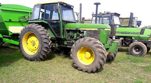Tractor John Deere 3550 Doble Tracción Rodado 18.4x34