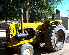 Permuvendo Tractor Cbt Motor M Benz 1114 Exelente Estado
