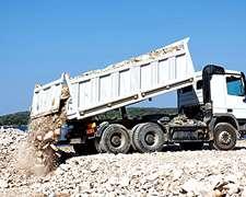 Servicio De Transporte De Aridos, Escombros, Tierra.